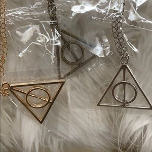 Harry Potter deathly hallows necklaces (3)